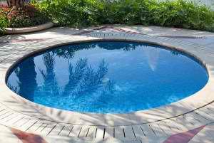 What is the Best Type of Pool for Small Backyards? | Elite Pools Houston Texas