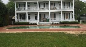 Geometric Pool with House