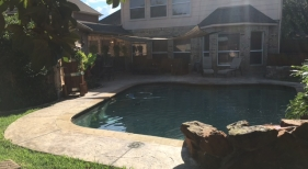 Freeform Pool with Living Area
