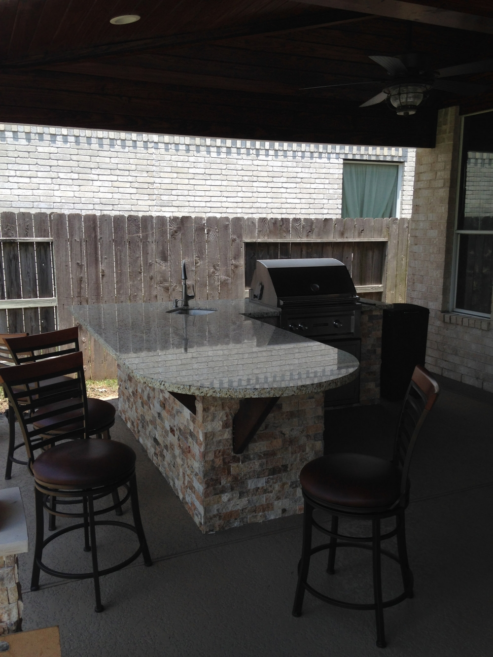 Outdoor Living Gallery League City | Houston Swimming Pool ... on Elite Pools And Outdoor Living id=93145