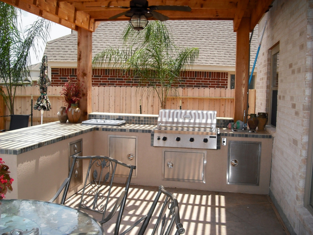 Outdoor Living Gallery League City | Houston Swimming Pool ... on Elite Pools And Outdoor Living id=86954
