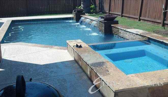 5 Pool Water Conservation Tips for Houston Pool Owners